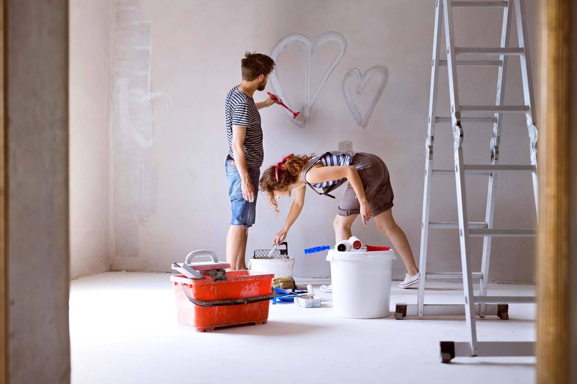 6 pomyslow na to jak wykonczyc sciany w mieszkaniu — panele drewniane fototapeta ma moze panele 3d sprawdz sam